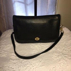 Vintage Coach Pocket Purse 9755